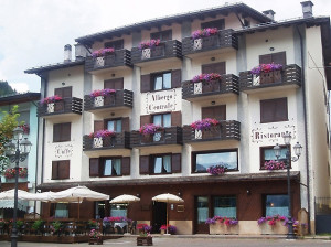 Albergo a S.Stefano di Cadore - Albergo Ristorante Caffè Centrale
